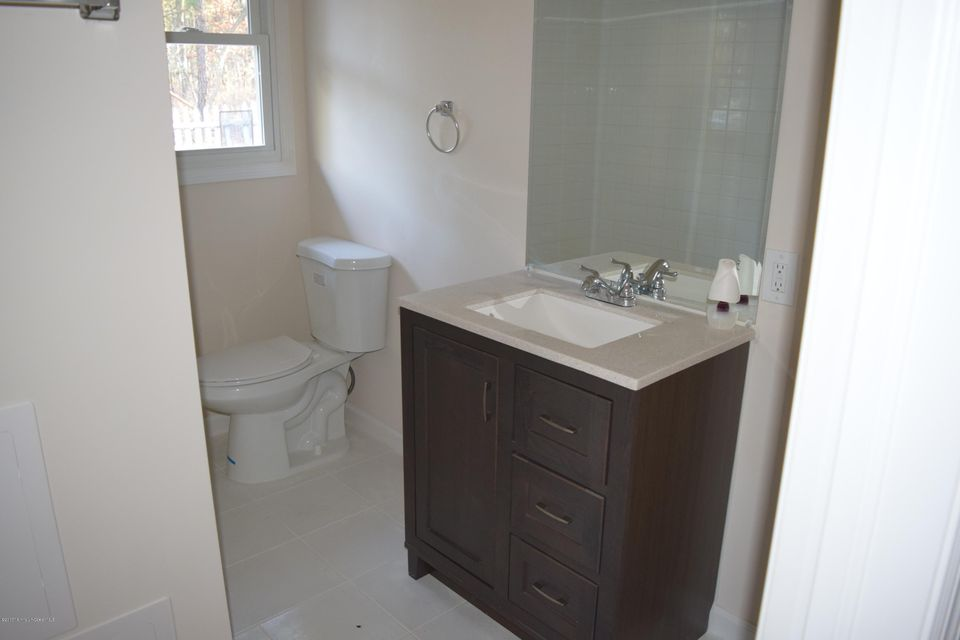 Additional photo for property listing at 434 New York Avenue  Brick, New Jersey 08724 États-Unis