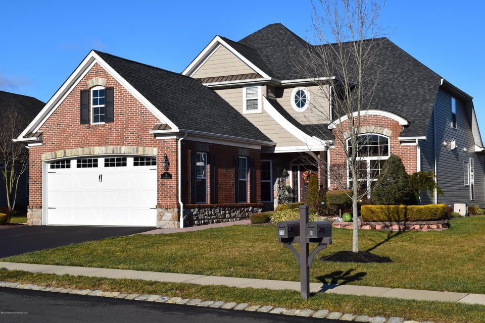 Single Family Home for Sale at 10 Corsica Court Farmingdale, 07727 United States
