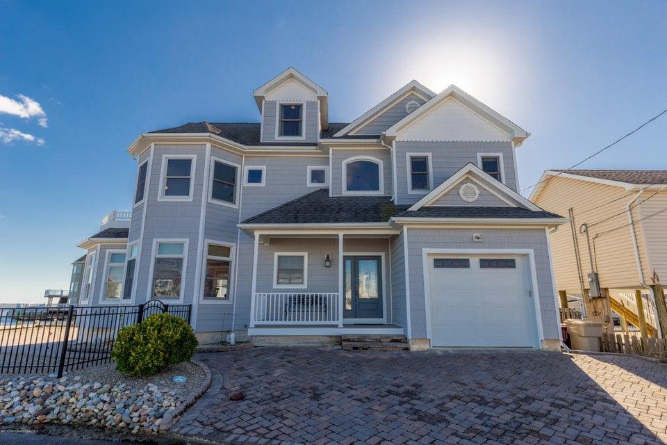 独户住宅 为 销售 在 260 Dogwood Drive 贝维尔, 08721 美国