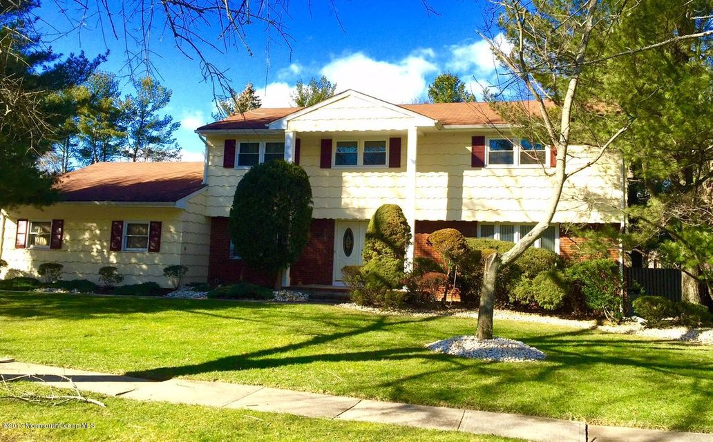 Single Family Home for Sale at 31 Boston Post Road East Brunswick, New Jersey 08816 United States