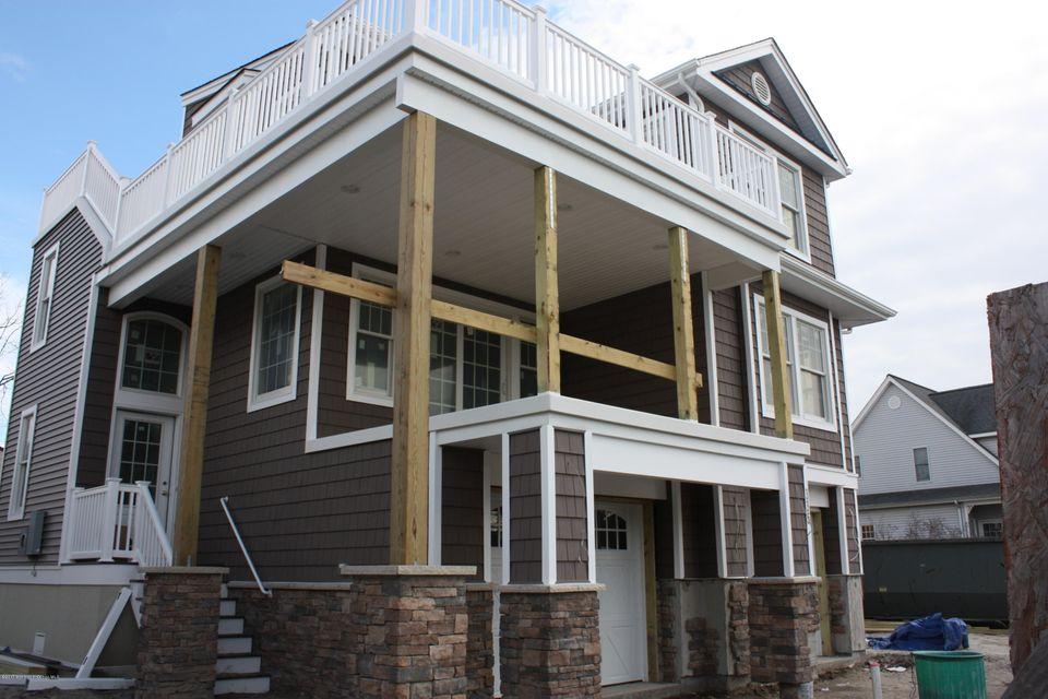 Additional photo for property listing at 335 3rd Street  Surf City, New Jersey 08008 United States