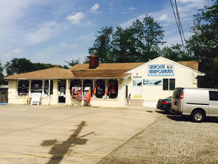 Commercial for Sale at 495 Route 9 Bayville, New Jersey 08721 United States