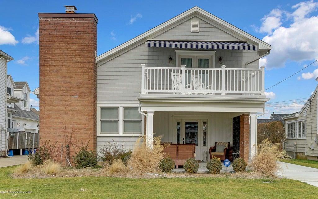 独户住宅 为 出租 在 12 Pennsylvania Avenue 斯普林莱克, 新泽西州 07762 美国