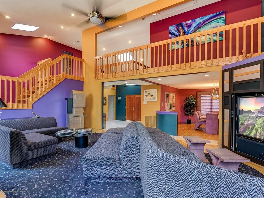 Casa Unifamiliar por un Venta en 5 Beaverdam Drive East Brunswick, Nueva Jersey 08816 Estados Unidos