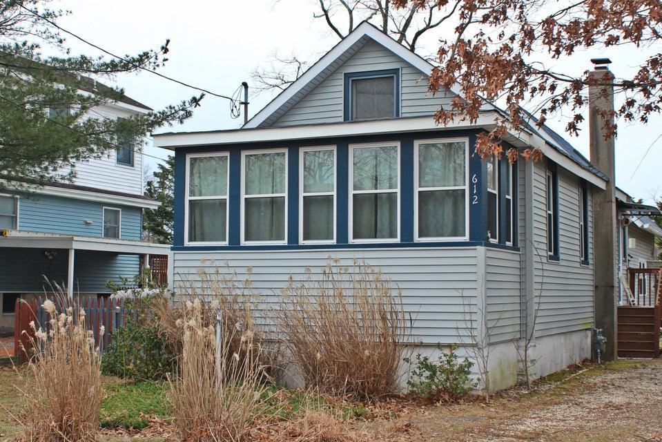 612 Wildwood Avenue, Ocean Gate, NJ 08740