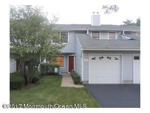 Condominio por un Venta en 34 Upperbrook Court Parlin, Nueva Jersey 08859 Estados Unidos