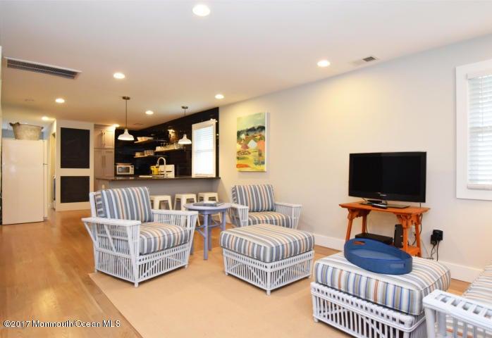 独户住宅 为 出租 在 16 Ocean Avenue Manasquan, 新泽西州 08736 美国