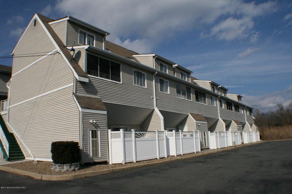 Appartement en copropriété pour l à louer à 145 Central Avenue Island Heights, New Jersey 08732 États-Unis