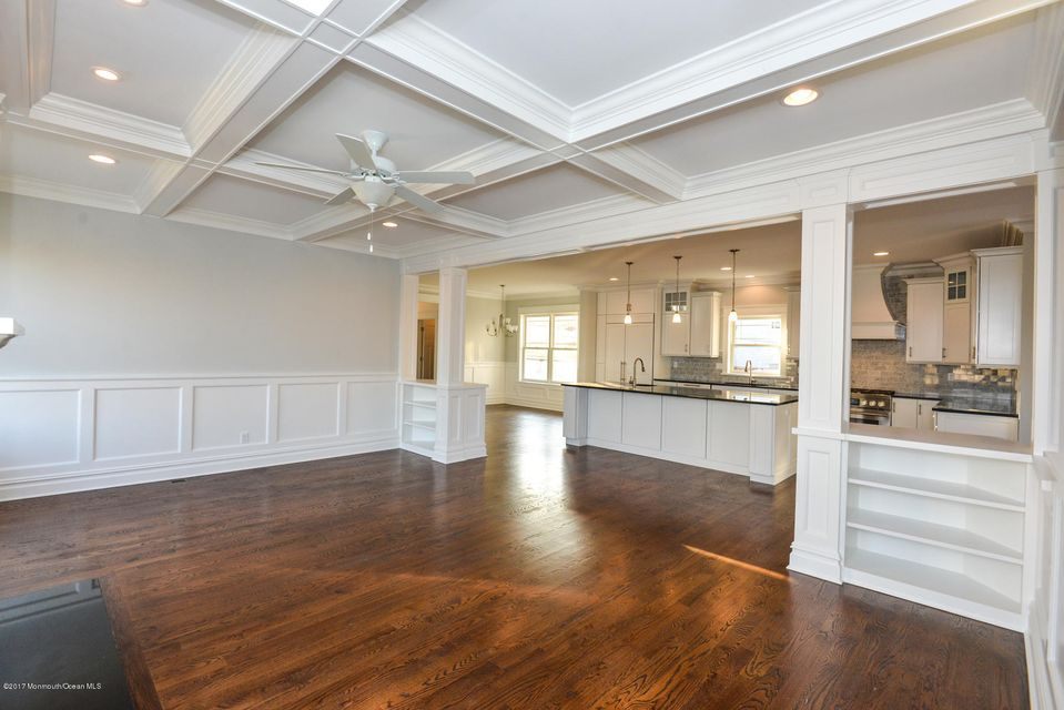 Additional photo for property listing at 101 1st Avenue  Belmar, New Jersey 07719 États-Unis
