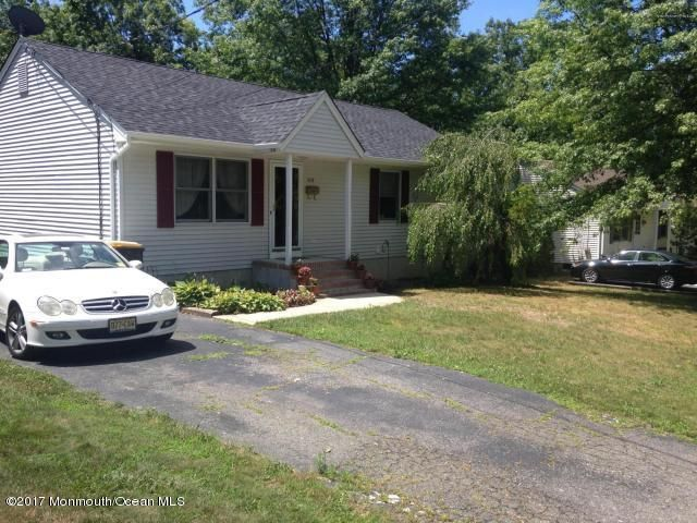 Single Family Home for Sale at 619 Groben Street Laurence Harbor, New Jersey 08879 United States