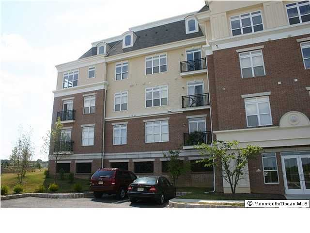 Condominium for Rent at 6201 Fernandez Court Parlin, New Jersey 08859 United States