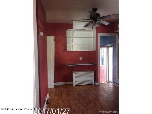 Additional photo for property listing at 402 Melrose Avenue  Middlesex, New Jersey 08846 United States