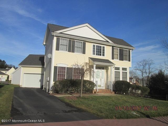 Maison unifamiliale pour l Vente à 25 Pine Street East Brunswick, New Jersey 08816 États-Unis