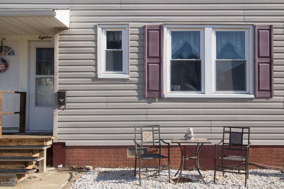 Condominio por un Venta en 18 Belshaw Avenue Shrewsbury Township, Nueva Jersey 07724 Estados Unidos