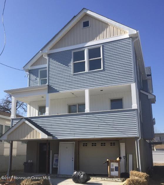独户住宅 为 销售 在 608 Monmouth Avenue Port Monmouth, 新泽西州 07758 美国