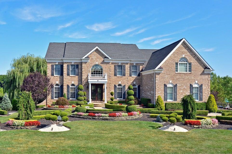 独户住宅 为 销售 在 6 Silverleaf Way 纳拉潘市, 07726 美国