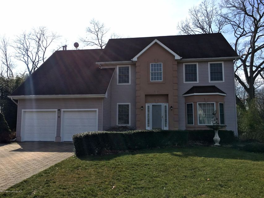 Single Family Home for Sale at 5 Bailey Road Aberdeen, New Jersey 07747 United States