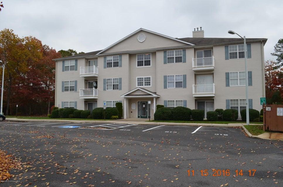 共管式独立产权公寓 为 出租 在 826 Pine Valley Court Little Egg Harbor, 08087 美国