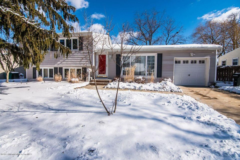 Single Family Home for Sale at 14 Dartmouth Drive Hazlet, 07730 United States
