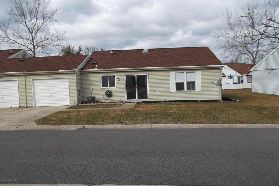 Casa Unifamiliar por un Alquiler en 916a Liverpool Circle Manchester, Nueva Jersey 08759 Estados Unidos