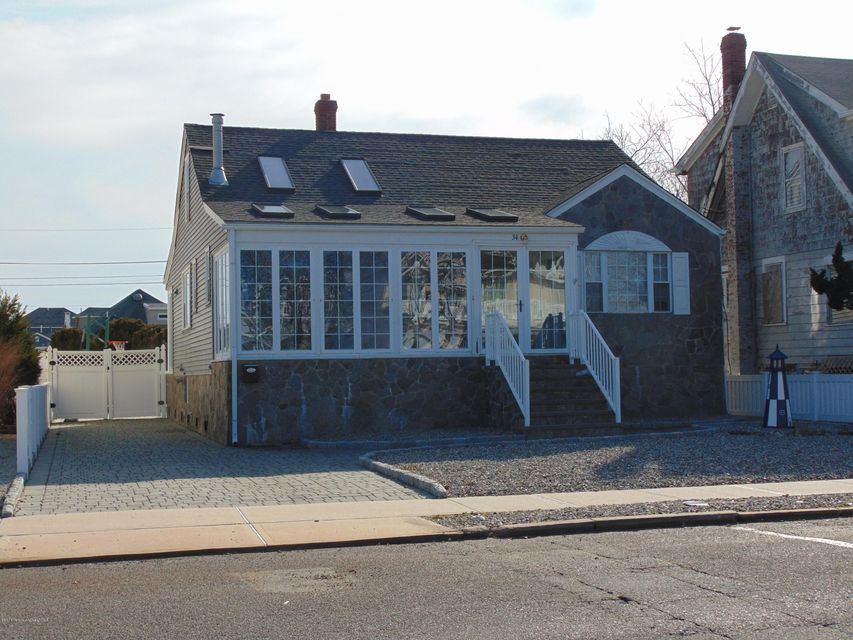 Single Family Home for Rent at 34 Parkway Avenue Point Pleasant Beach, New Jersey 08742 United States