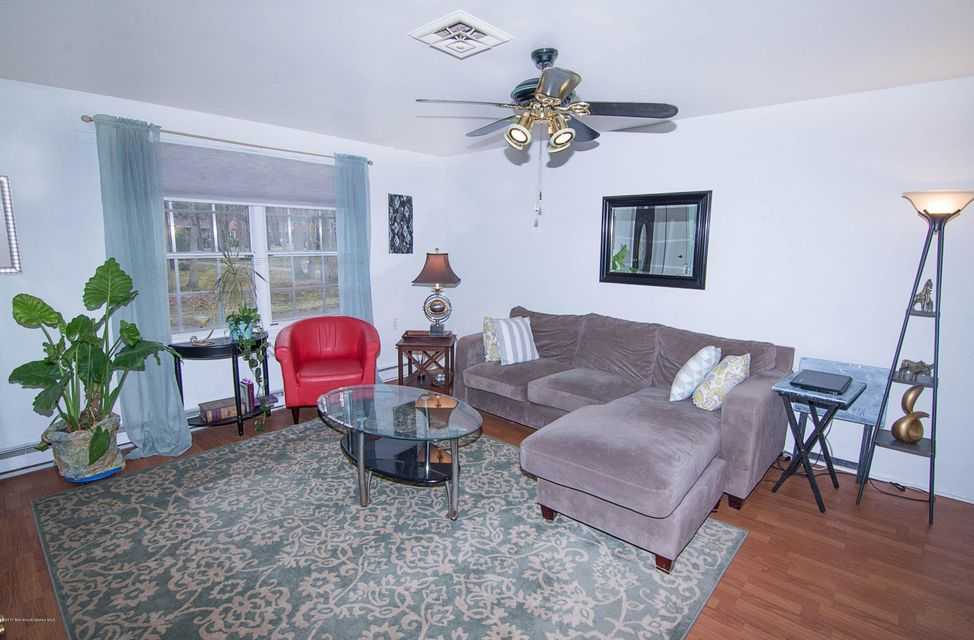 Additional photo for property listing at 88b Dorchester Drive  Lakewood, New Jersey 08701 États-Unis