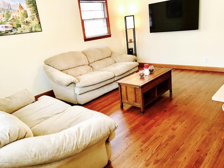 独户住宅 为 销售 在 18 James Place Metuchen, 新泽西州 08840 美国