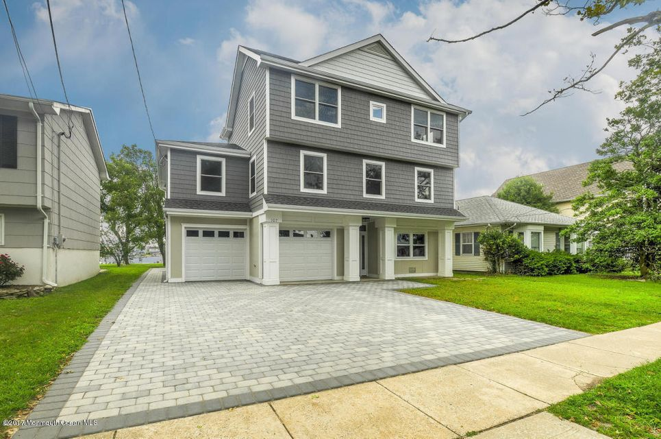 Single Family Home for Sale at 107 Niblick Street Point Pleasant Beach, 08742 United States
