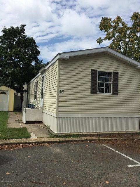 移动之家 为 出租 在 13 Monique Circle 黑兹利特, 新泽西州 07730 美国