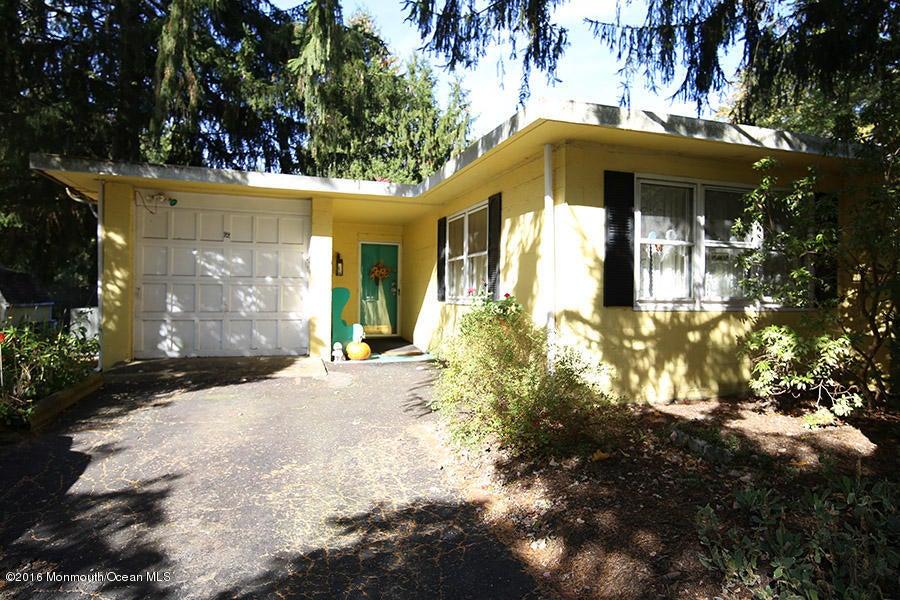 独户住宅 为 销售 在 22 Valley Road Roosevelt, 08555 美国