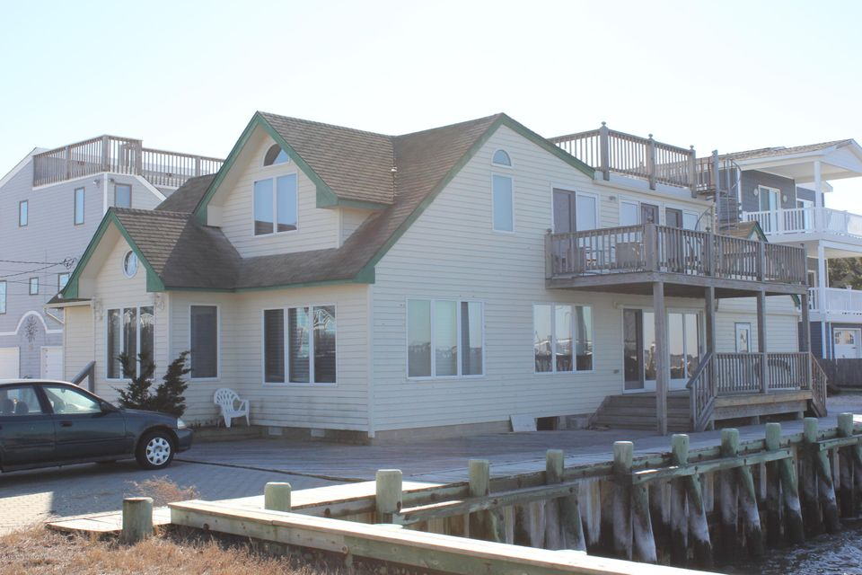 Single Family Home for Sale at 240 24th Street Surf City, New Jersey 08008 United States