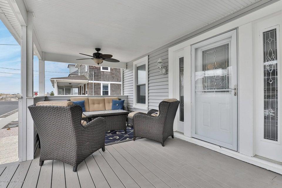 Maison unifamiliale pour l Vente à 31 North Street Bay Head, New Jersey 08742 États-Unis