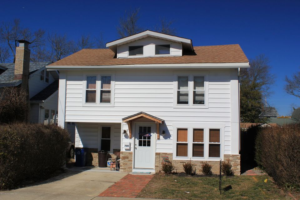 Single Family Home for Sale at 700 22nd Avenue Lake Como, New Jersey 07719 United States