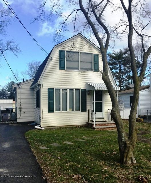 Single Family Home for Sale at 310 Lincoln Avenue Hightstown, New Jersey 08520 United States