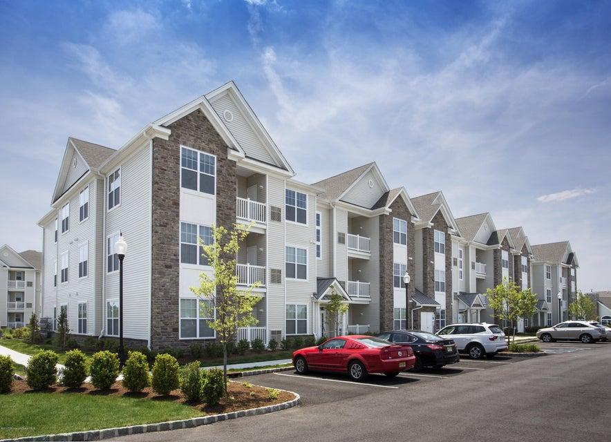 公寓 为 出租 在 300 Waverly Avenue 尼普顿, 新泽西州 07753 美国