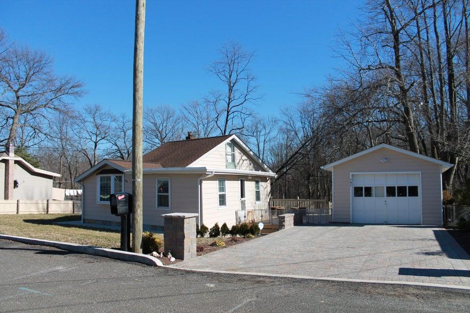 Casa Unifamiliar por un Venta en 797 Arbordale Drive Cliffwood Beach, Nueva Jersey 07735 Estados Unidos