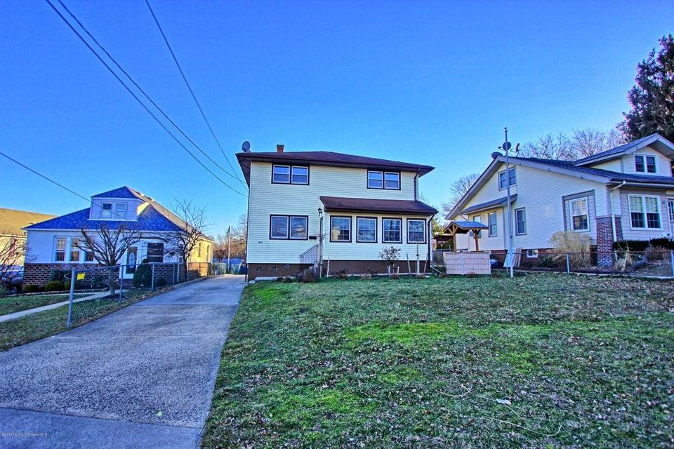 Maison unifamiliale pour l Vente à 272 Washington Avenue Milltown, New Jersey 08850 États-Unis