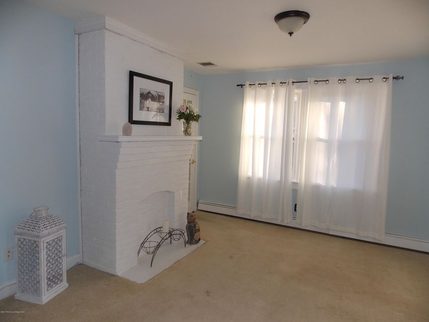 Additional photo for property listing at 406 Avon Road  Pine Beach, Nueva Jersey 08741 Estados Unidos