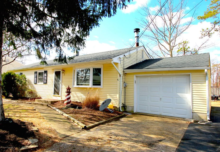 Additional photo for property listing at 1028 Cable Avenue  Beachwood, New Jersey 08722 United States