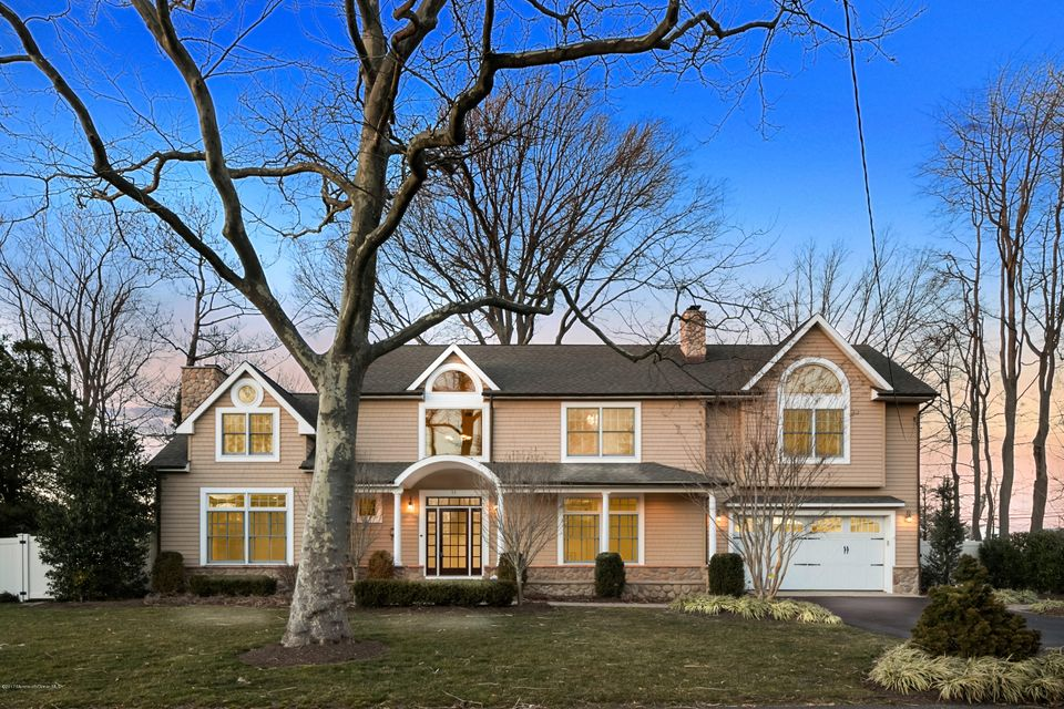 Additional photo for property listing at 11 Oneida Avenue  Oceanport, New Jersey 07757 États-Unis