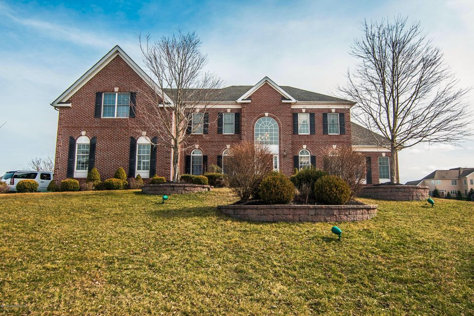 Single Family Home for Sale at 11 Natures Drive Farmingdale, New Jersey 07727 United States