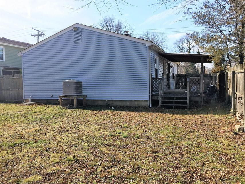Additional photo for property listing at 513 Lillie Road  Toms River, Nueva Jersey 08753 Estados Unidos
