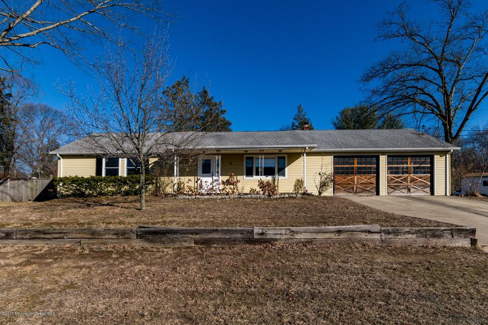 Single Family Home for Sale at 15 Old Forge Road Helmetta, New Jersey 08828 United States