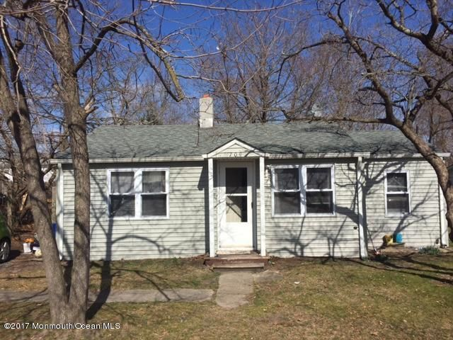 Single Family Home for Sale at 709 Cedar Street Lakehurst, New Jersey 08733 United States