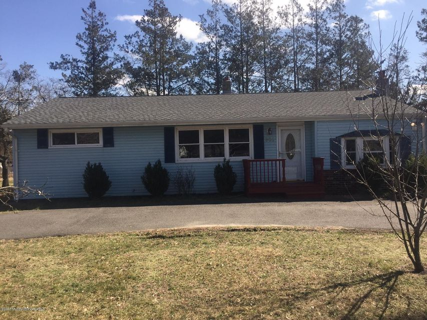 Single Family Home for Sale at 301 Manahawkin Trail Browns Mills, 08015 United States