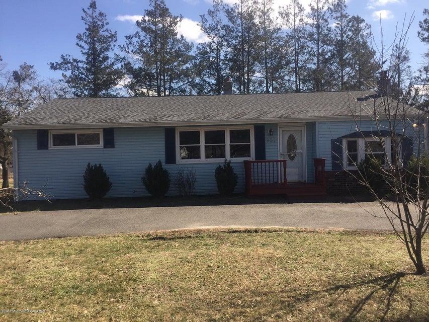 独户住宅 为 销售 在 301 Manahawkin Trail Browns Mills, 新泽西州 08015 美国