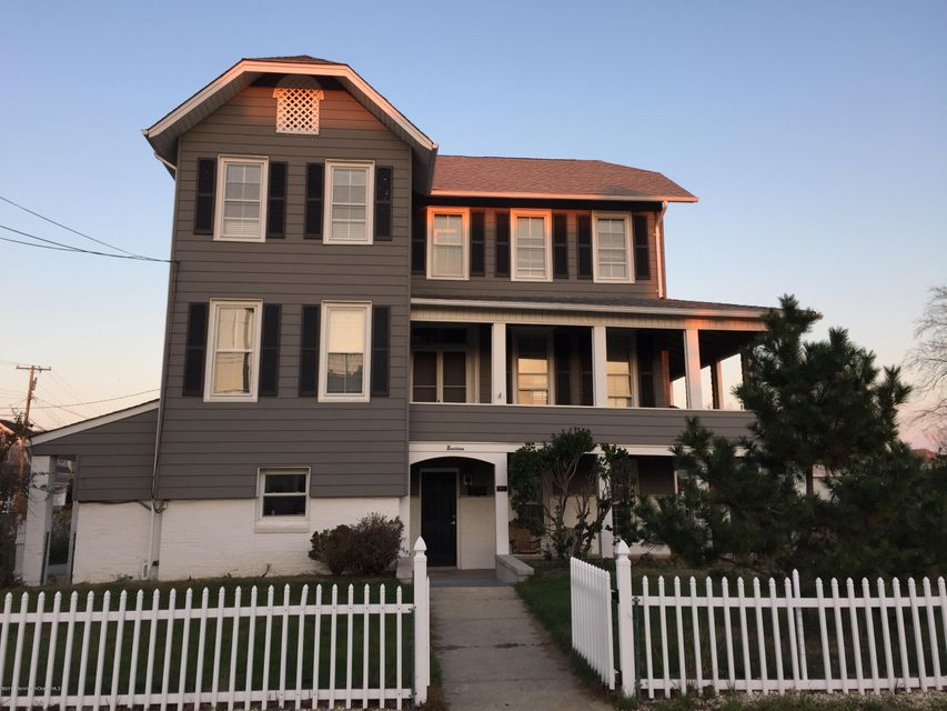 Single Family Home for Rent at 19 Riverdale Avenue Monmouth Beach, New Jersey 07750 United States
