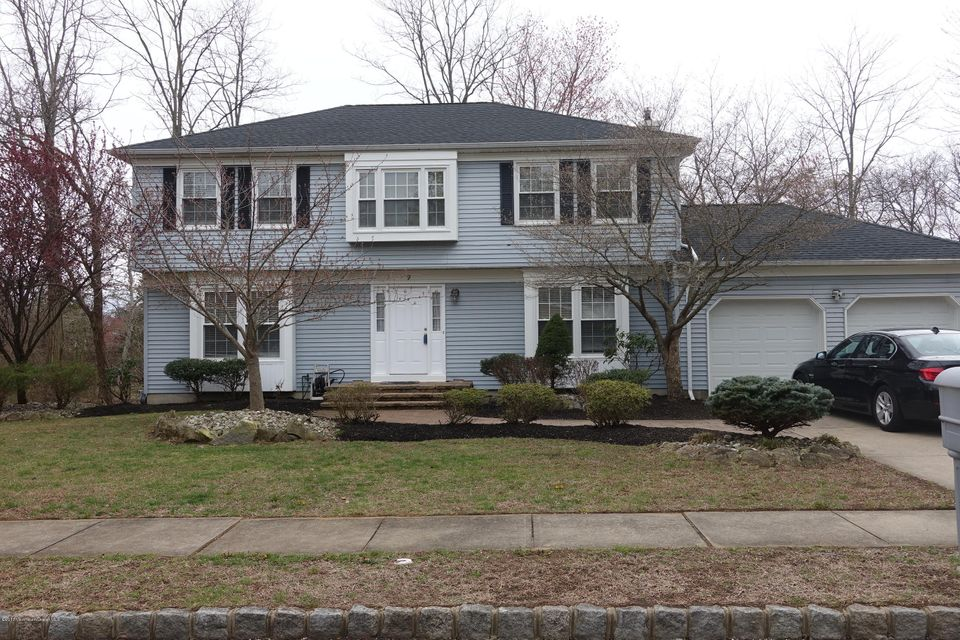 Single Family Home for Rent at 9 Hidden Pond Lane Holmdel, 07733 United States