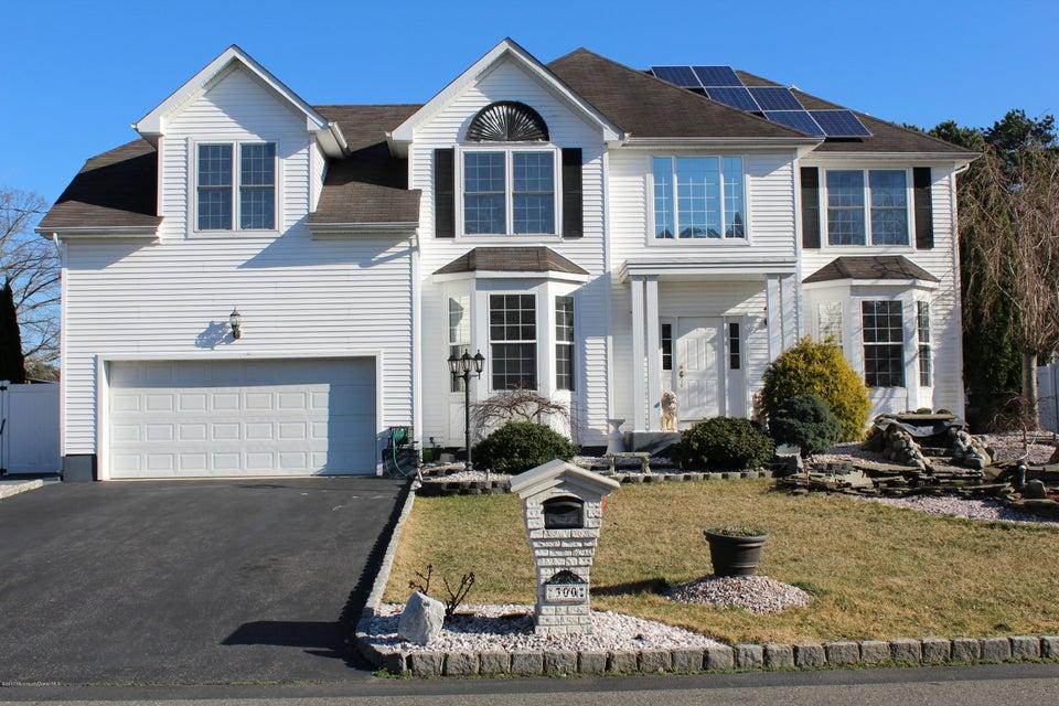 独户住宅 为 销售 在 300 Hillside Drive 曼彻斯特, 08759 美国