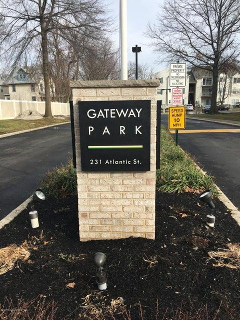 Appartement en copropriété pour l à louer à 231 Atlantic Street Keyport, New Jersey 07735 États-Unis